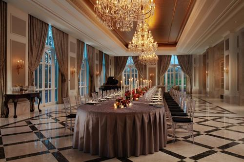 The Maigue Suite, located in the Ballroom at Adare Manor