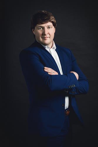 Audit Partner William Lomasney
