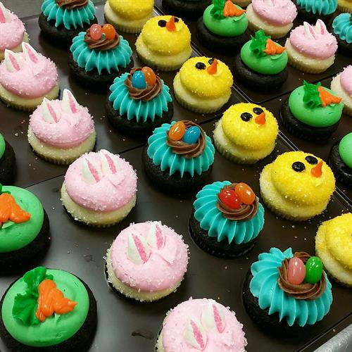 Easter mini cupcake assortment