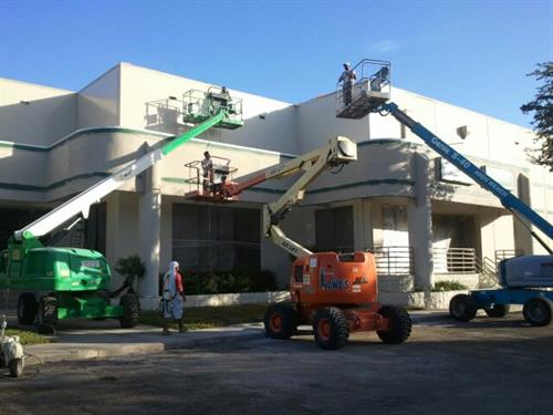 Adamo Distribution Center