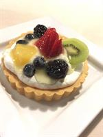 Fruit Tart w a shortbread cookie crust