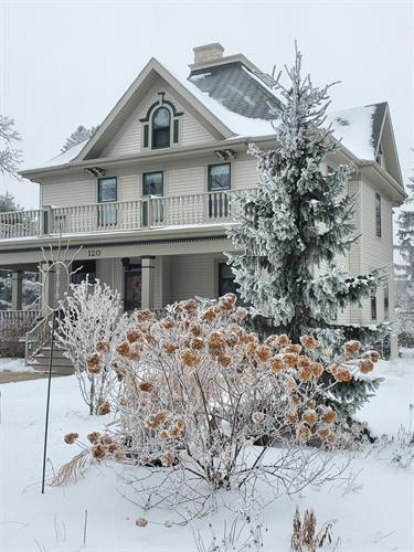 Winter is beautiful at Sunniva Inn
