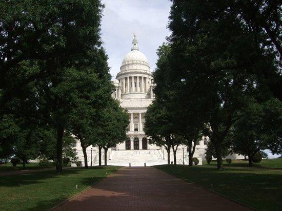 Image for Legislature Moves to Provide Return to Work Incentives