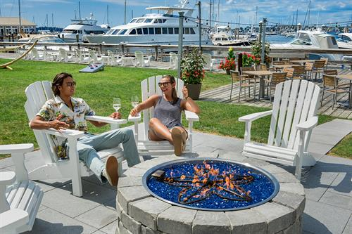 Gallery Image The_Newport_Fire_Pit_2.jpg