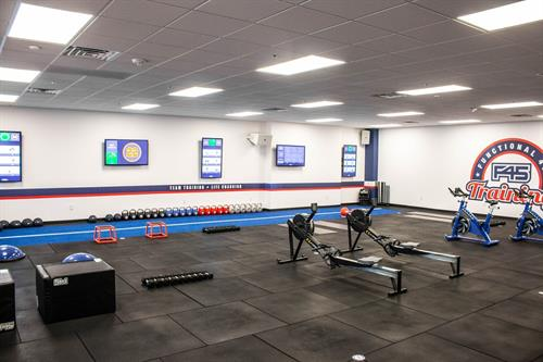 Gallery Image F45_South_Hoover_-_Workout_Area_From_Back.jpg