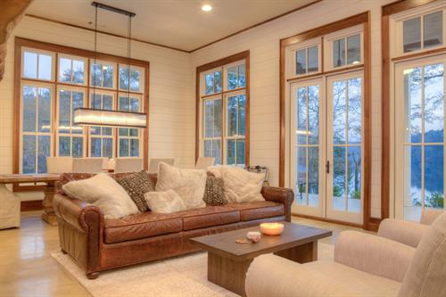 Grayson Construction - Custom Lake Home Living Room