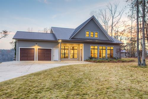Grayson Construction - Custom Lake Home Front of the House