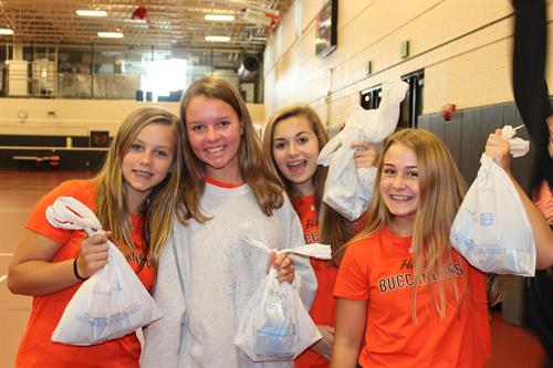 Hoover Cheer packing bags for children