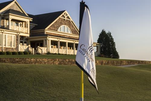 Gallery Image Clubhouse_and_Flag_Image.jpg
