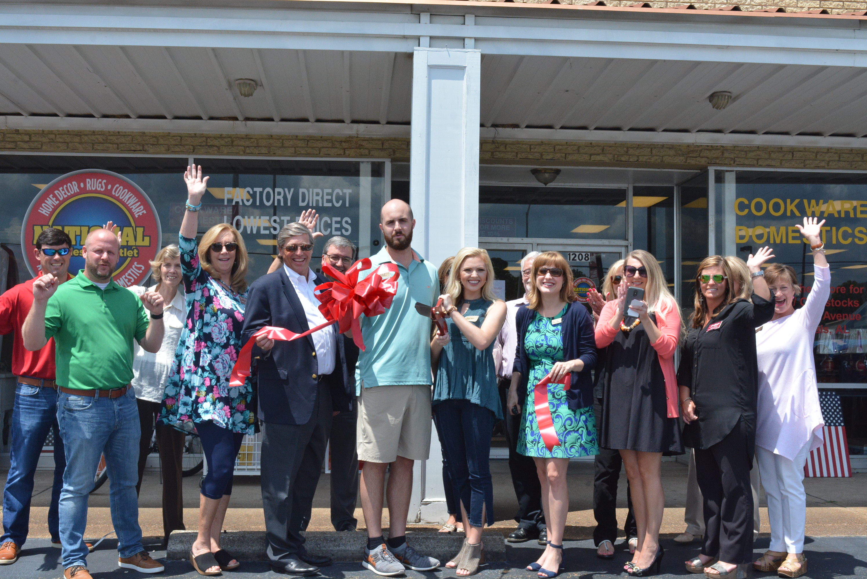 National Wholesale Outlet Celebrates  2nd Location