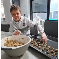 Twelve year old boy sets up small business in lockdown to raise money for local hospital