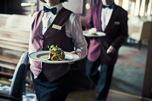 Service at the Rideau Club