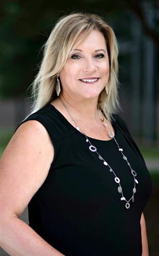 Laura Collins, Listing Specialist