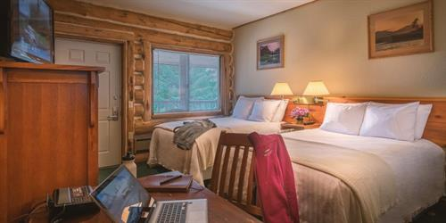 Comfortable rooms with Rustic Alaskan Elegance touches