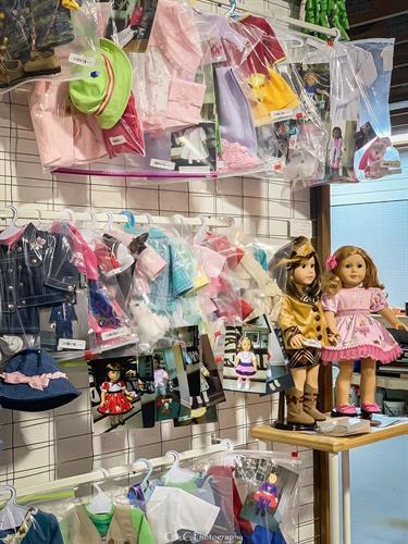 Gallery Image american_doll.JPG