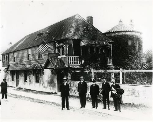 The Board of the Society after purchasing the Oldest House in 1918