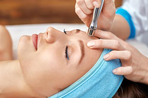 MicrOoderm and Oxygen Facials