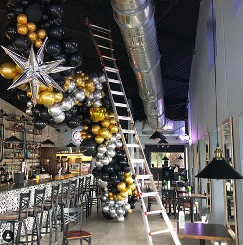 Gallery Image hangar1.png