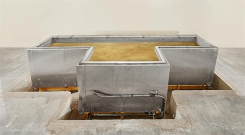 Bronz-Glow's Dip Tank for 100% coverage of equipment in corrosive industrial environments.