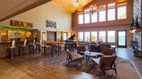 Fireside Lobby & LolaD's Lobby Bar & Bistro
