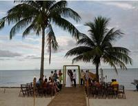The tropics and RomanticVows.com await your destination wedding!