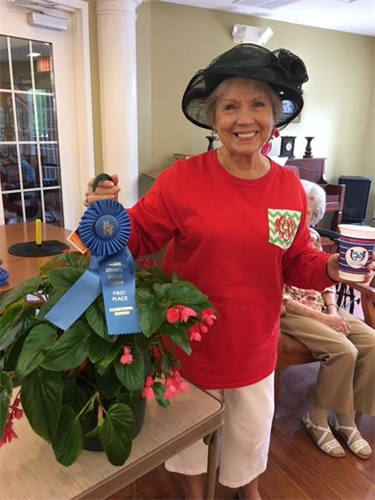 A resident winning at the facility Kentucky Derby Race