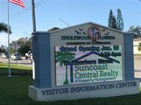 Gallery Image Suncoast_Central_Realty_pix_of_Sign_(1).jpg