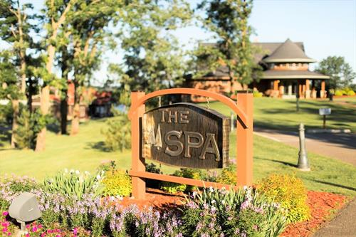 Gallery Image Maddens_Summer_The_Spa_Sign-bright.jpg