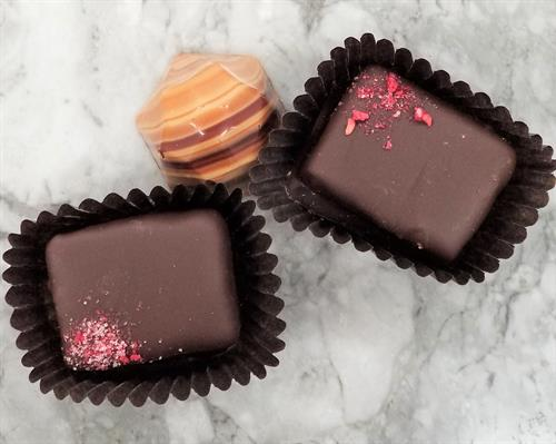 "Raspberry Ganache Squares and Caramel ""Agate"""