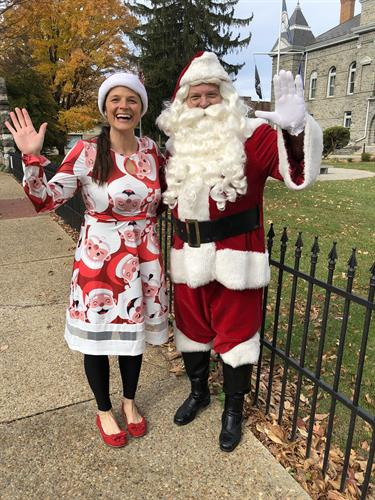 Gallery Image Santa_and_Mrs._Claus.jpg
