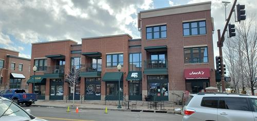 8565 Five Parks Drive: Home to Serenity Salon, Jack's Bar & Grill, and the SFinvest Office.