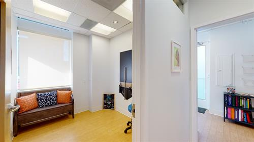 Gallery Image Five-Parks-Animal-Hospital-01182021_164242.jpg