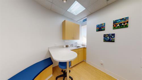 Gallery Image Five-Parks-Animal-Hospital-01182021_164359.jpg
