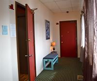 Entry to Suites 1&2