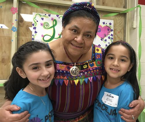 Nobel Peace Laureate Rigoberta Menchu Tum with local elementary school PeaceJam students