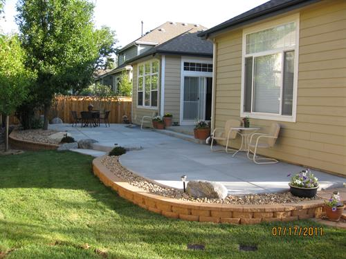 Patio with Keystone Block