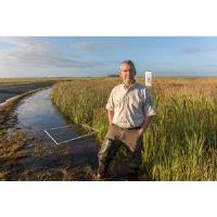 Service biologist Matt Whitbeck honored for leadership in climate adaptation
