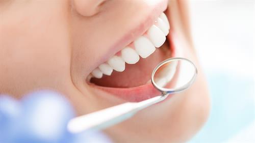 Gallery Image teeth_ad.jpg