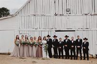 Gallery Image Wedding_Party_with_Barn_-_Libby.jpg