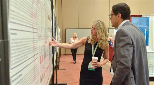 Dr. Barnes discussing program data at the American Thyroid Association Annual Meeting