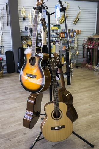 guitars at WYOmusic