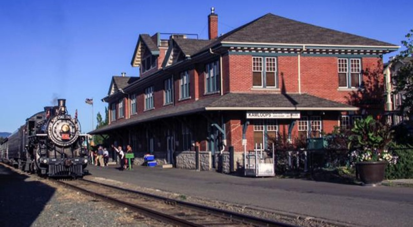 Image for Fast Facts About the Canadian National Railway