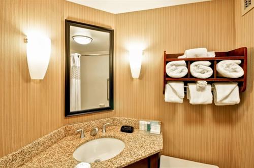 Gallery Image Bathroom.PNG