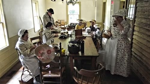 Patriot's Day Reenactors at the Cady Inn
