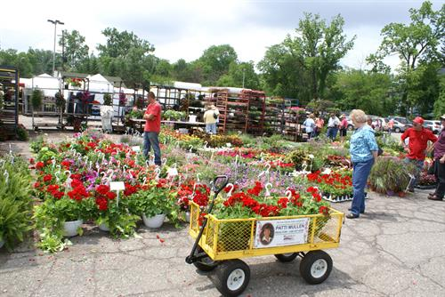 Gallery Image Farmers_Market1.JPG