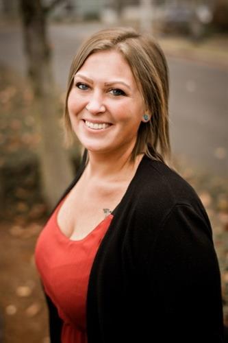 Chelsea Mollett - Customer Service Manager