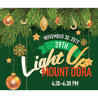 With the Flip of a Switch, Mount Dora Goes Christmas