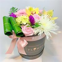 Funky Petal's Signature Collection Mixed Flower Box w/pink ribbon