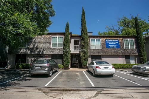 Apartment Near UT Austin