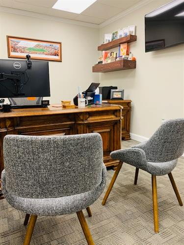 Gallery Image MS_office_chairs.jpg